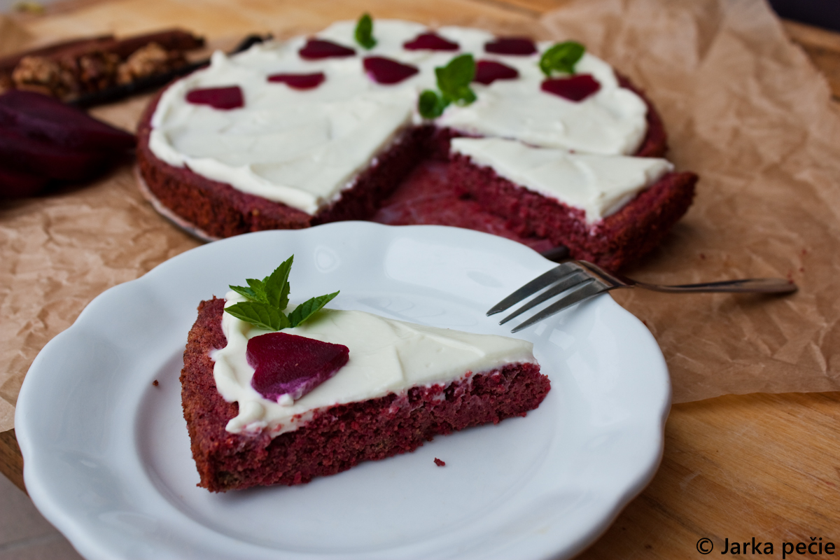 Cviklový koláč – bez lepku a laktózy