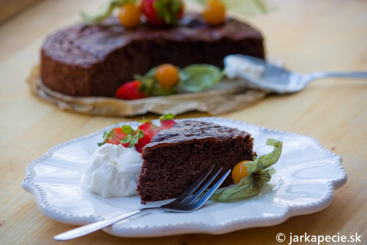Čoko – cuketová torta