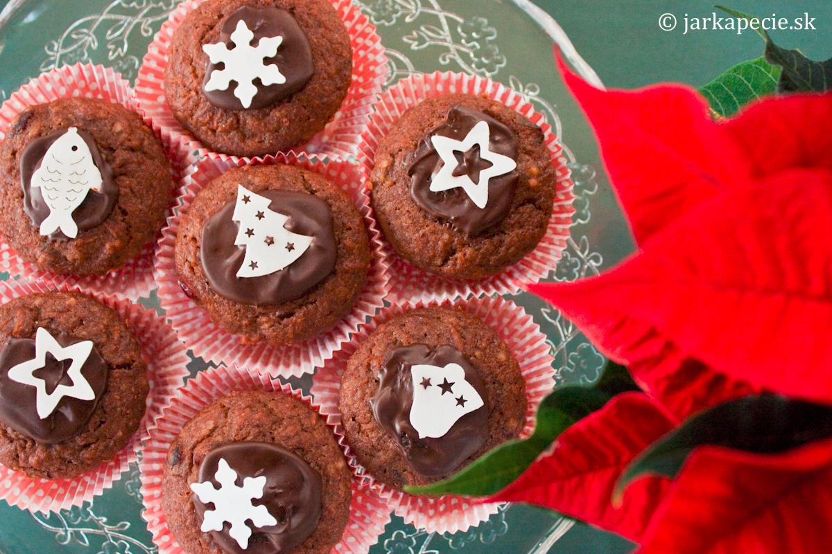 Mandľovo – mrkvové muffinky s marcipánom