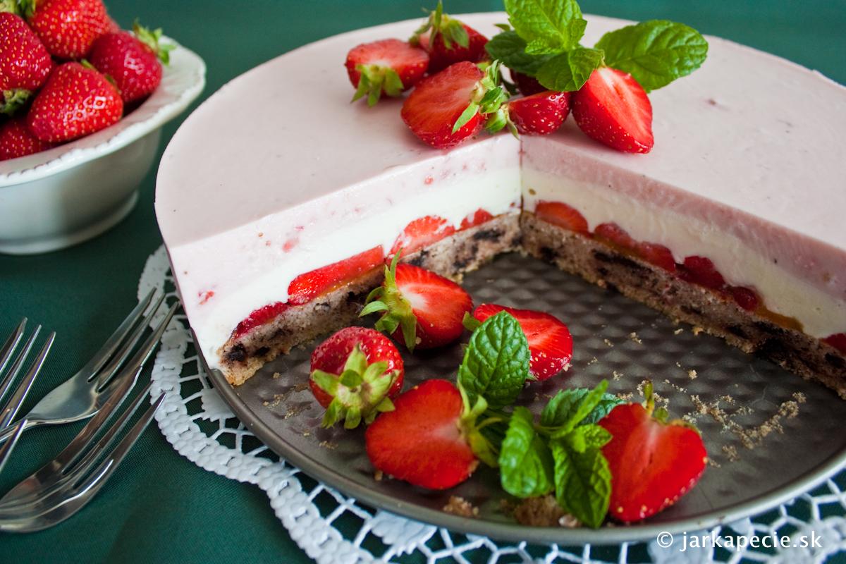 Jahodový cheesecake (bez múky)