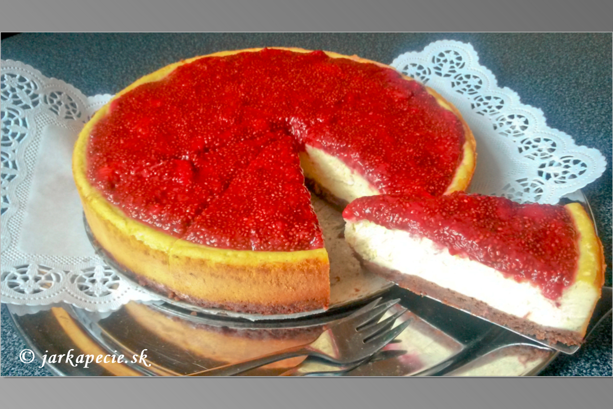 Cheesecake s jahodami – bez lepku
