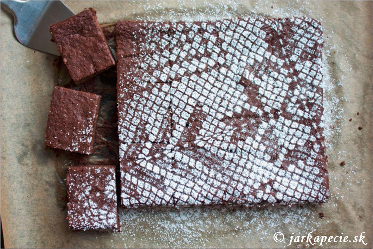 Čokoládovo – baklažánové brownie